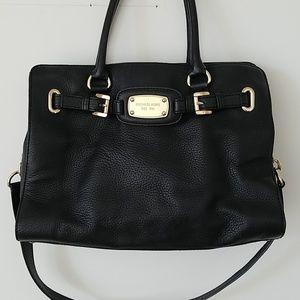 Michal Kors Black leather Handbag tote gold chain